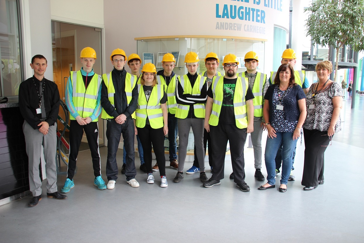 New College Lanarkshire and Amey put young people on road to success.JPG